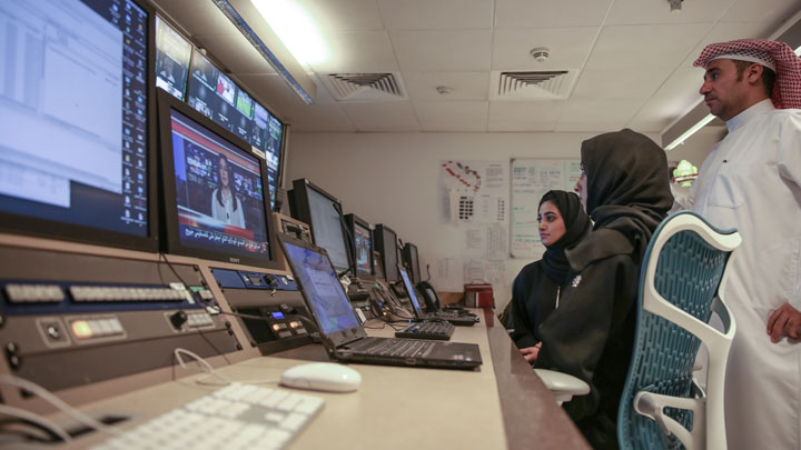twofour54 Abu Dhabi and Arabsat  partner to expand the region's satellite industry
