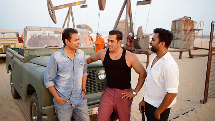 Salman Khan is back to shoot Bollywood Blockbuster 'Bharat', his third consecutive shoot in Abu Dhabi